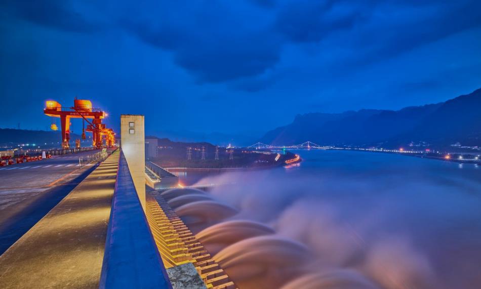 【尊享·定制】湖北省博物馆+神农架景区+三峡大坝双高铁